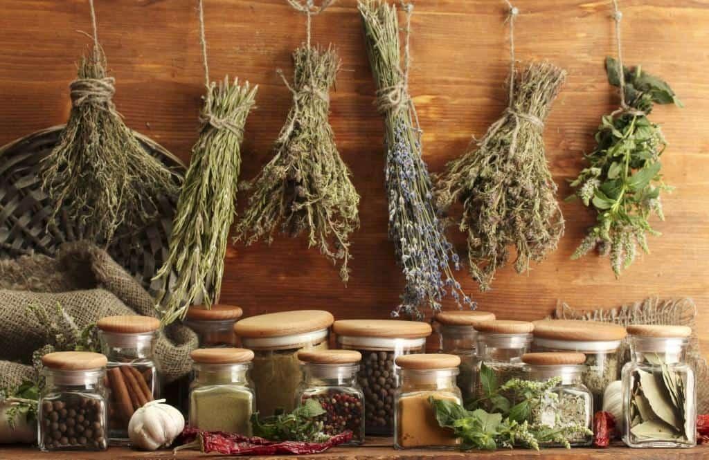 избавиться от изжоги лечебными травами